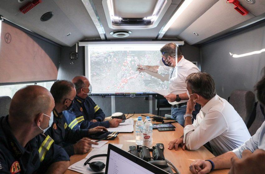 """""""Μπαλάκι"""" οι ευθύνες για τις καταστροφές – Η βλάβη του Beriev, ο ανεφοδιασμός των Canadair στη Σκύρο – Η κυβερνητική τακτική"""