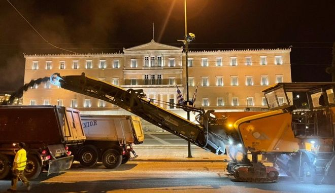 Ασφαλτοστρώνουν το κέντρο της Αθήνας λόγω του ράλι Ακρόπολις