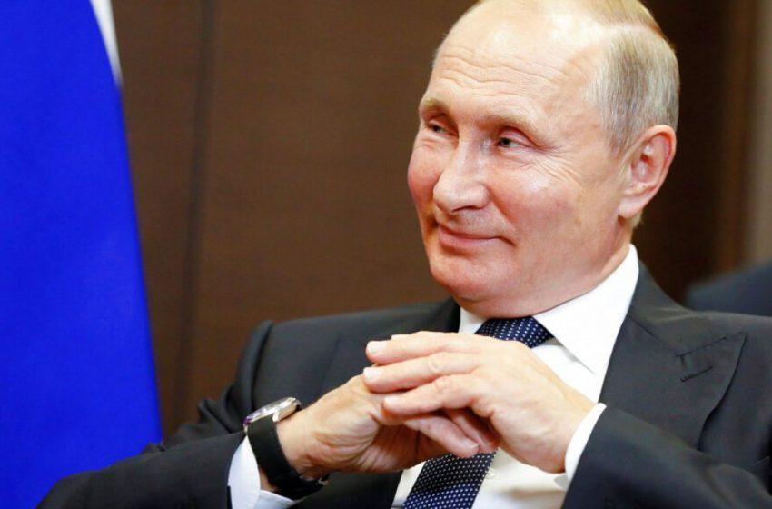 Ρωσία: Ο Πούτιν δηλώνει ότι έχει ανοσία μετά τον εμβολιασμό του με Sputnik