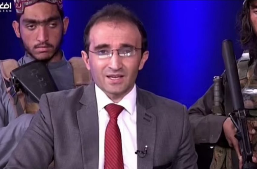 """Ταλιμπάν εισέβαλαν σε στούντιο με όπλα και χειροβομβίδες: """"Κανείς δεν έχει να φοβάται τίποτα!"""" (vid)"""