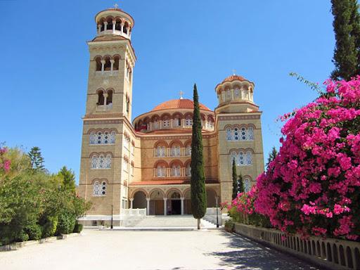 Σε καραντίνα η Μονή Αγίου Νεκταρίου στην Αίγινα- Θετικές οι 16 από τις 25 μοναχές