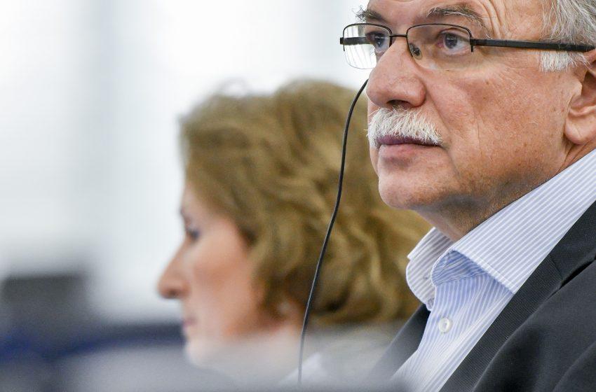 Παπαδημούλης στο libre: Η πανδημία ως πρόκληση για την αναμόρφωση της δημοσιονομικής πολιτικής στην Ε.Ε