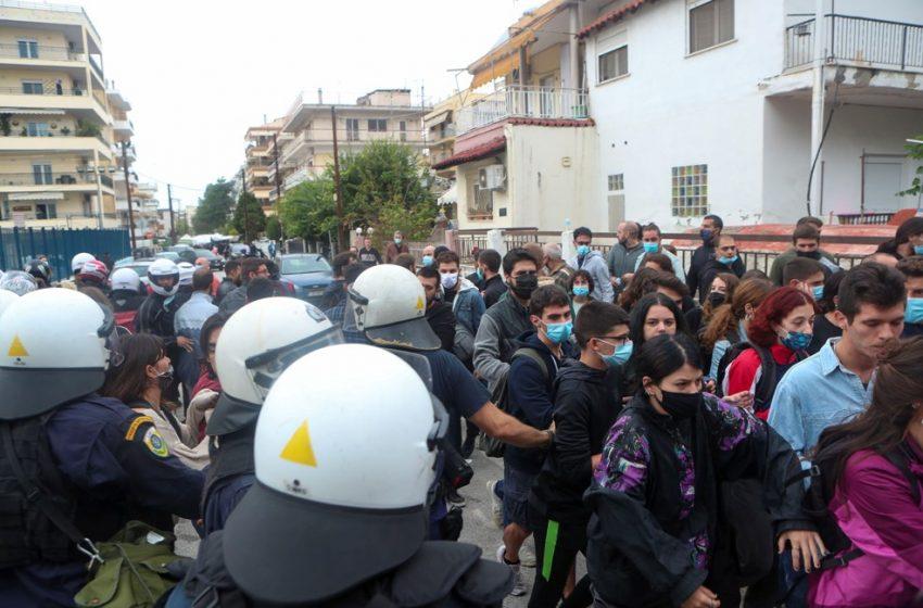 Οικονόμου για ΕΠΑΛ Σταυρούπολης: Ανήλικοι μαθητές η συντριπτική πλειοψηφία που έλαβε μέρος στα επεισόδια