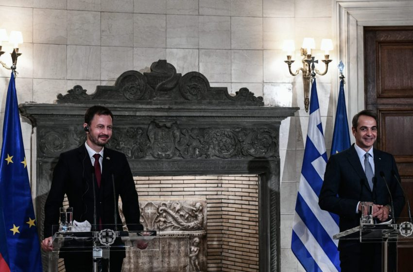 Μητσοτάκης: Ελλάδα και Σλοβακία μπορούν να αναβαθμίσουν σημαντικά τους αμυντικούς και διπλωματικούς τους δεσμούς