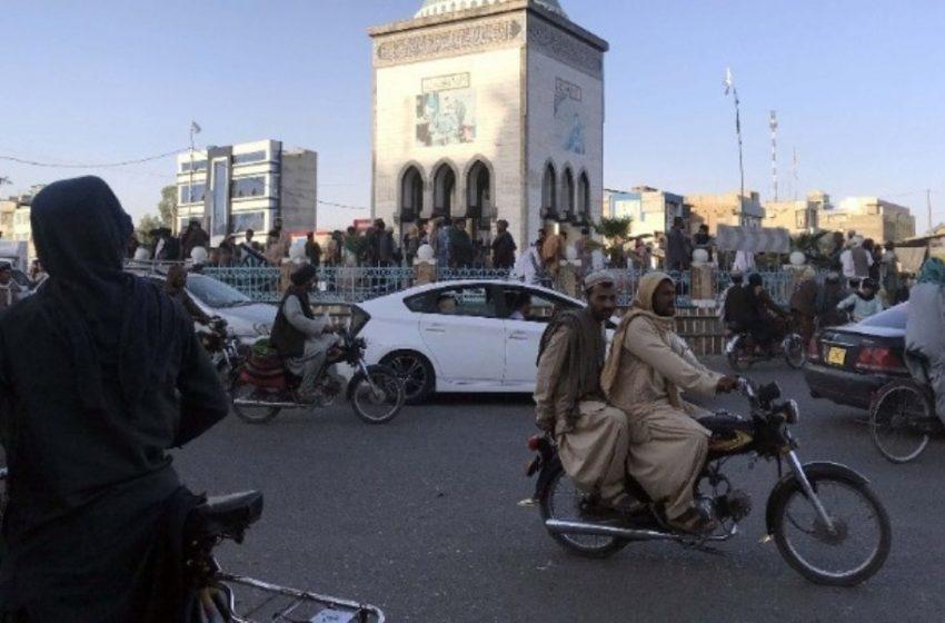 """Αφγανιστάν: """"Μεγάλη χαρά"""" για τους Ταλιμπάν να υποδεχθούν την καγκελάριο Μέρκελ"""""""