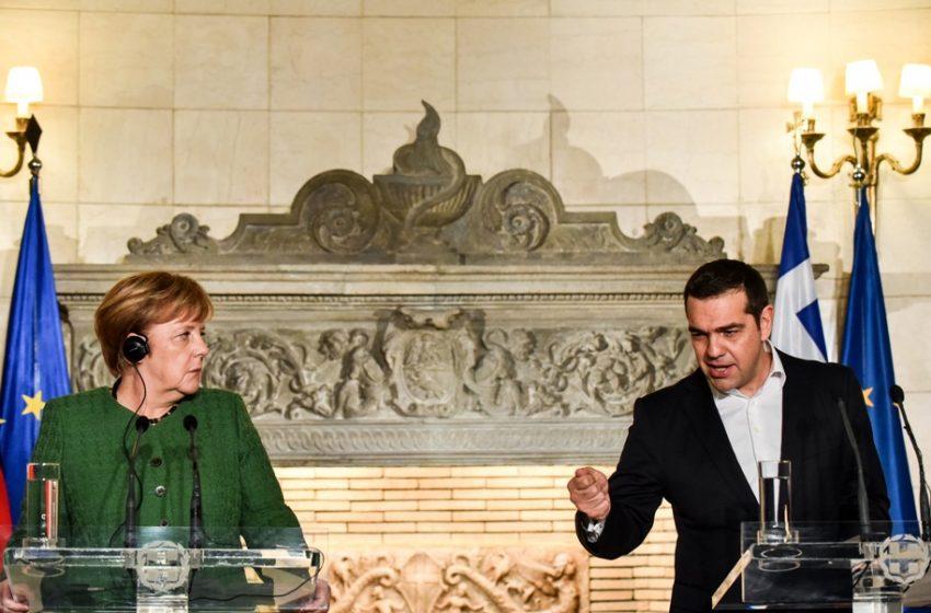 Zeit: 12 πρώην και νυν πρωθυπουργοί και πολιτικοί αποχαιρετούν την Μέρκελ- Τι αποκαλύπτει ο Τσίπρας για ένα τηλεφώνημα του 2015