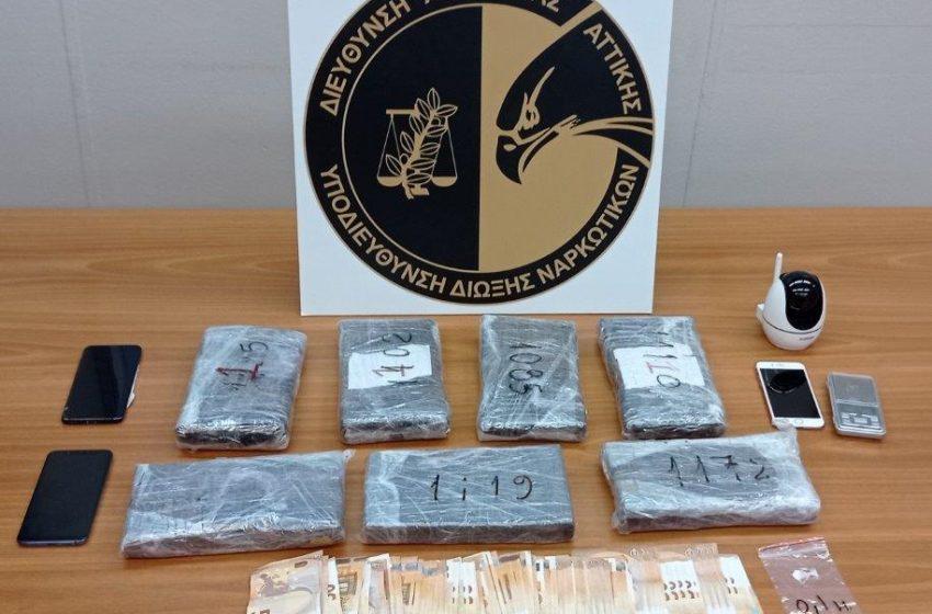 Σύλληψη γνωστής παίκτριας reality με μεγάλη ποσότητα κοκαΐνης – Η ανακοίνωση της ΕΛ.ΑΣ. (εικόνα)