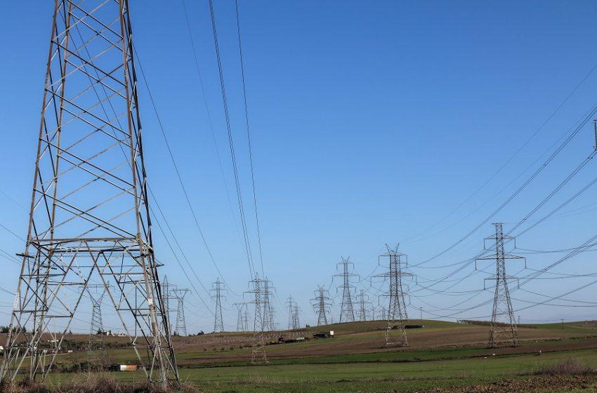 ΕΕ: Έτοιμη να εγκρίνει προσωρινά μέτρα για την εκτίναξη τιμών φυσικού αερίου και ηλεκτρικής ενέργειας