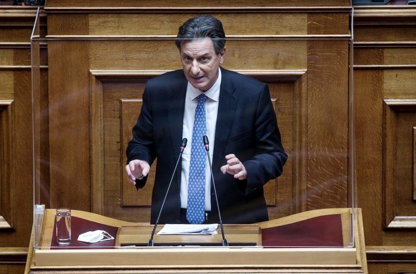 """Σκυλακάκης: Πρέπει να διπλασιάσουμε τους ρυθμούς των επενδύσεων μέσα από το """"Ελλάδα 2.0"""""""