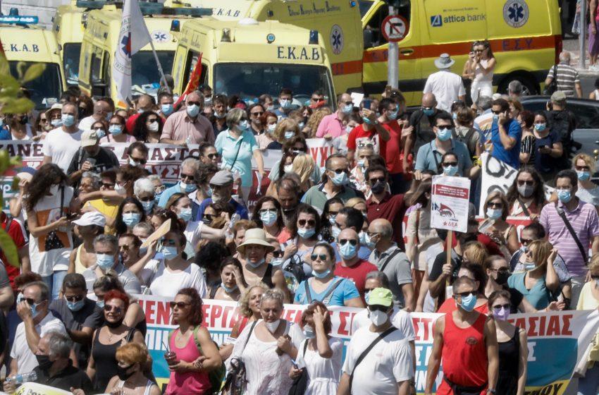 Ανεμβολίαστοι υγειονομικοί: Έχουν εκδοθεί 6. 412 πράξεις αναστολής