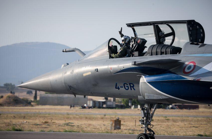 Η Γαλλία συνεχάρη την Ελλάδα για την πρόθεσή της να αγοράσει επιπλέον έξι Rafale