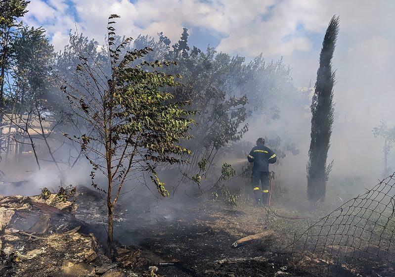 Φωτιά στην Αργολίδα – Σηκώθηκαν εναέρια μέσα