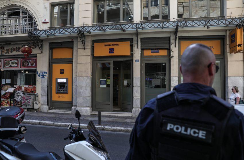 Σπίρτζης: Ικανοποιημένος ο Μητσοτάκης για την ασφάλεια και σήμερα έγινε ληστεία με βαρύ οπλισμό