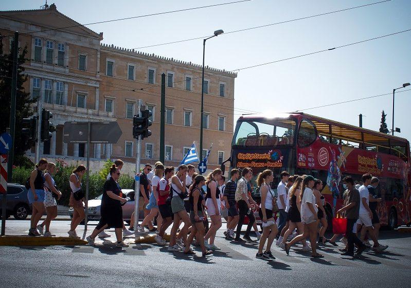 Θωμαΐδης: Κορύφωση του 4ου κύματος στα μέσα Οκτώβρη