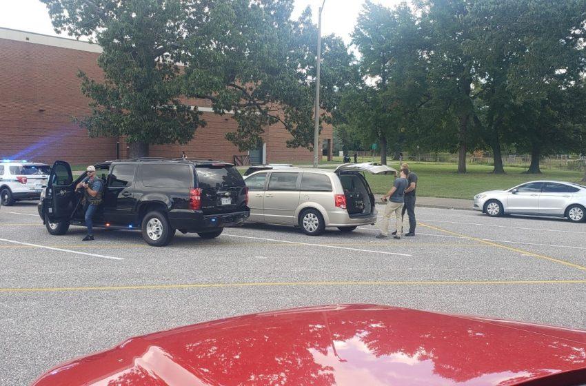 Τώρα: Βίντεο και φωτογραφίες απο το σχολείο με τους πυροβολισμούς στη Βιρτζίνια των ΗΠΑ