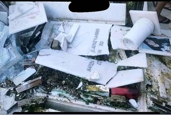 Θαυμαστές του Mad Clip βανδάλισαν τάφους στην κηδεία του, πατώντας πάνω τους