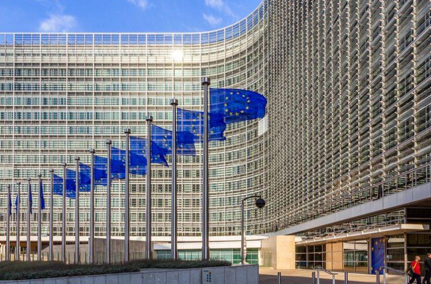 """ΕΕ: """"Μη αντιπροσωπευτική"""" η νέα προσωρινή κυβέρνηση των Ταλιμπάν στο Αφγανιστάν"""