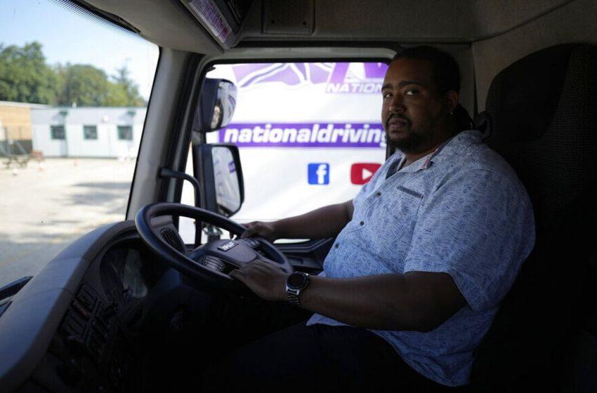 Βρετανία: Ψάχνουν για λύση στο πρόβλημα της έλλειψης οδηγών φορτηγών