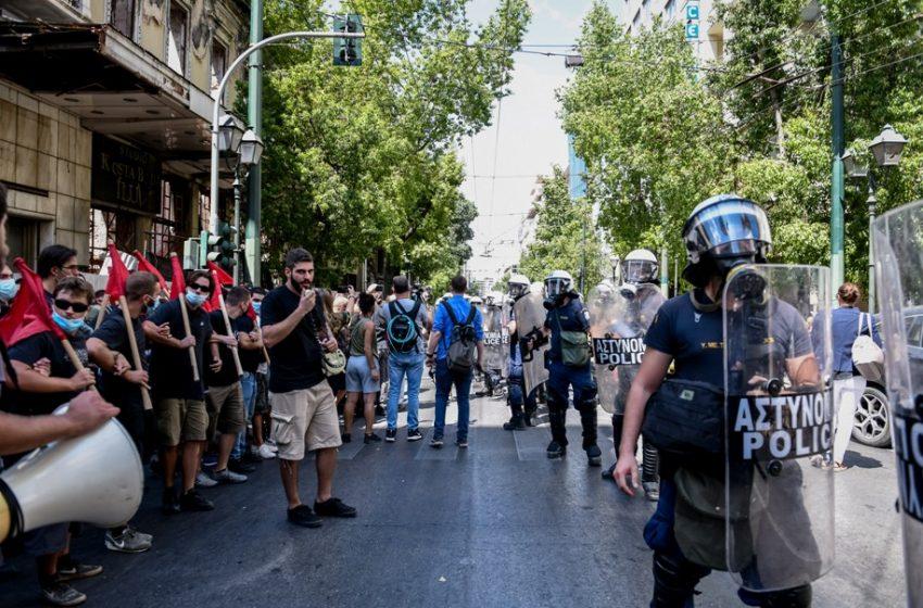 Θεοδωρικάκος: Δεν μπορεί να κλείνει η πόλη από εκατό ανθρώπους