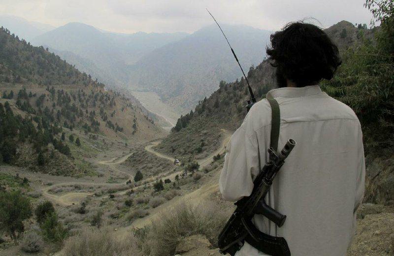 Ενας νεκρός και επτά τραυματίες σε ενέδρα κατά των Ταλιμπάν
