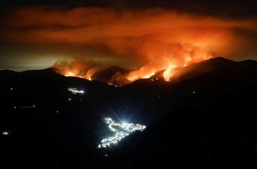 Πυρκαγιά στην Ισπανία: Για πέμπτη μέρα μαίνονται οι φλόγες- Χιλιάδες εγκαταλείπουν τα σπίτια τους