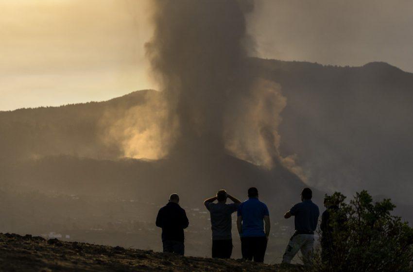 Ισπανία: Οι αρχές της Λα Πάλμα προχώρησαν στην εκκένωση άλλων 3 πόλεων λόγω έκρηξης του ηφαιστείου