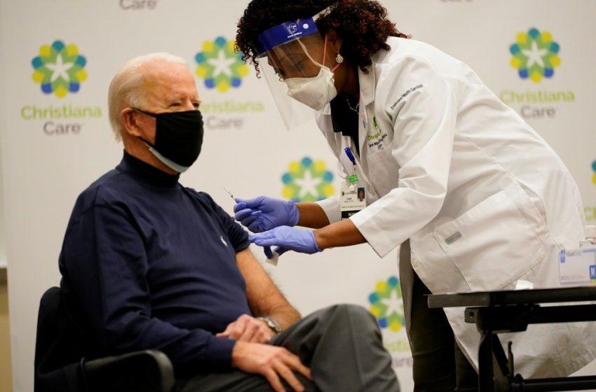 Tην τρίτη δόση εμβολίου κατά του κοροναϊού θα κάνει σήμερα ο Τζο Μπάιντεν
