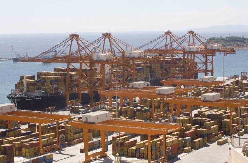 Προς νέο ρεκόρ ανόδου οι εξαγωγές για το 2021