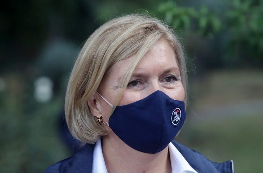ΕΚΑ: Μισογυνισμός από την Μ. Γκάγκα απέναντι σε μητέρα γιατρό