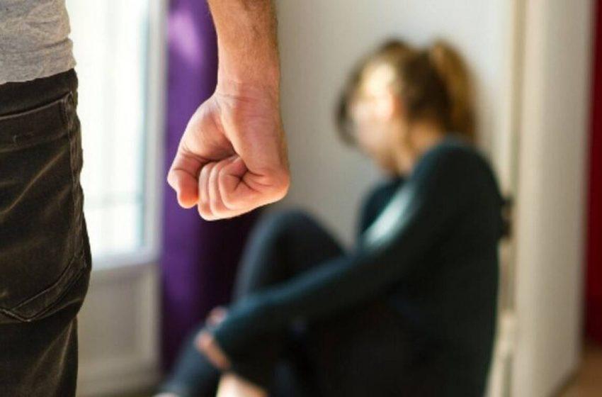 Χτύπησε τη γυναίκα του επειδή βρήκε δουλειά  – Τι έγινε στο αυτόφωρο