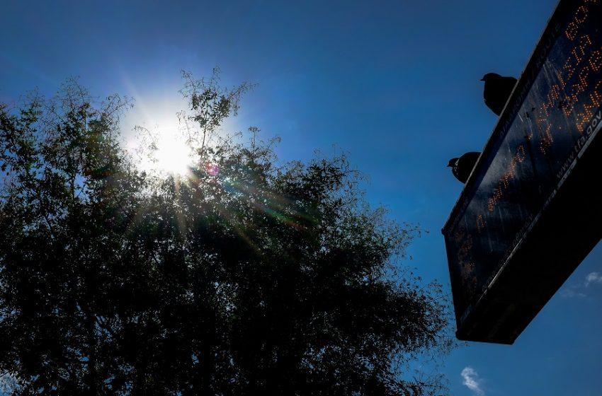 Ζέστη, αφρικανική σκόνη και καταιγίδες στα δυτικά