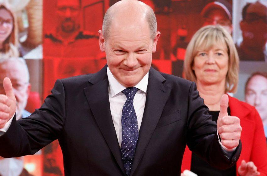 "DW- Γερμανικές εκλογές: Πιθανό ένα ""big bang"" με κυβέρνηση SPD-Πρασίνων-Αριστεράς"