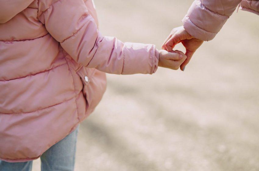 """Κοροναϊός: """"Καμπανάκι""""για τις επιπτώσεις στην ψυχική υγεία των παιδιών"""