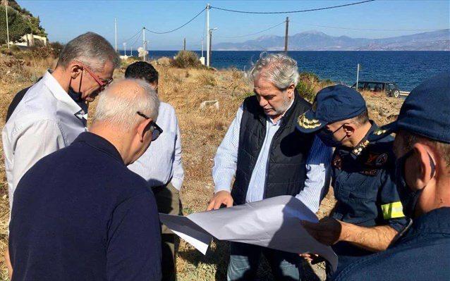 Στην πυρόπληκτη Δυτική Αττική η ηγεσία του υπ. Κλιματικής Κρίσης-Πολιτικής Προστασίας