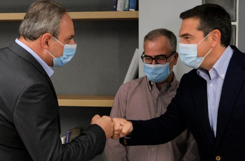 Συνάντηση του Αλέξη Τσίπρα με τον γενικό γραμματέα του ΑΚΕΛ