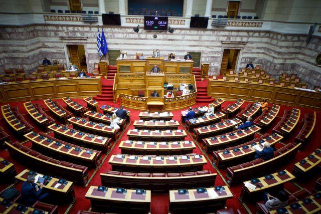ΣΥΡΙΖΑ : Παραδίδονται υπηρεσίες του ΕΣΥ σε ιδιώτες – Ζητά ονομαστική ψηφοφορία για την τροπολογία του υπ. Υγείας