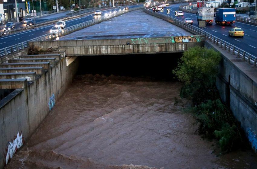 """Κηφισός: Έπεσαν 30 εκατ. τόνοι νερού – Λέκκας: """"Είμαστε σε φάση κλιματικής κρίσης"""""""