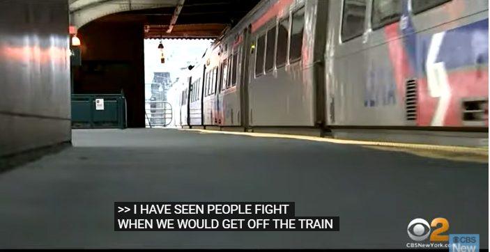 Βίασαν γυναίκα στο μετρό – Οι επιβάτες τραβούσαν βίντεο (vid)