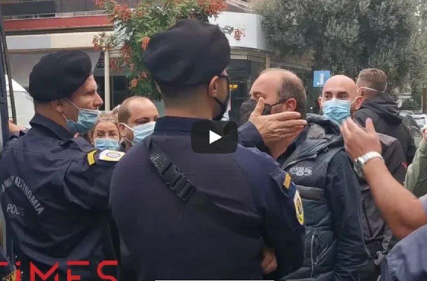 Νέα ένταση στο ΕΠΑΛ Σταυρούπολης – Διαπληκτισμοί γονέων με αστυνομικούς (vid)