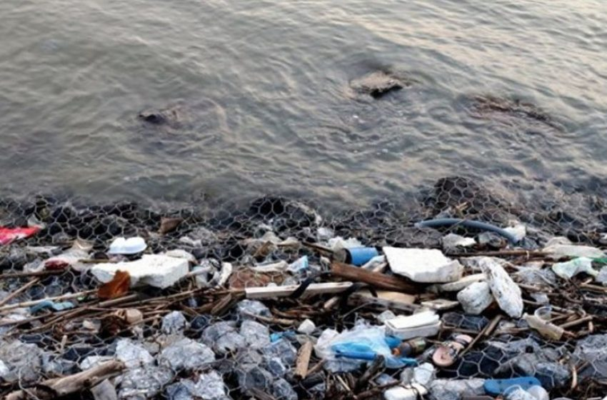 Σκουπιδότος η  Μεσόγειος – Χιλιάδες τόνοι πλαστικού στην θάλασσα