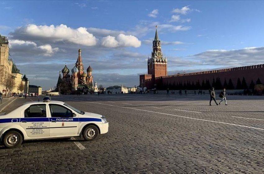 Lockdown στη Μόσχα: Ανοιχτά μόνο σούπερ μάρκετ και φαρμακεία