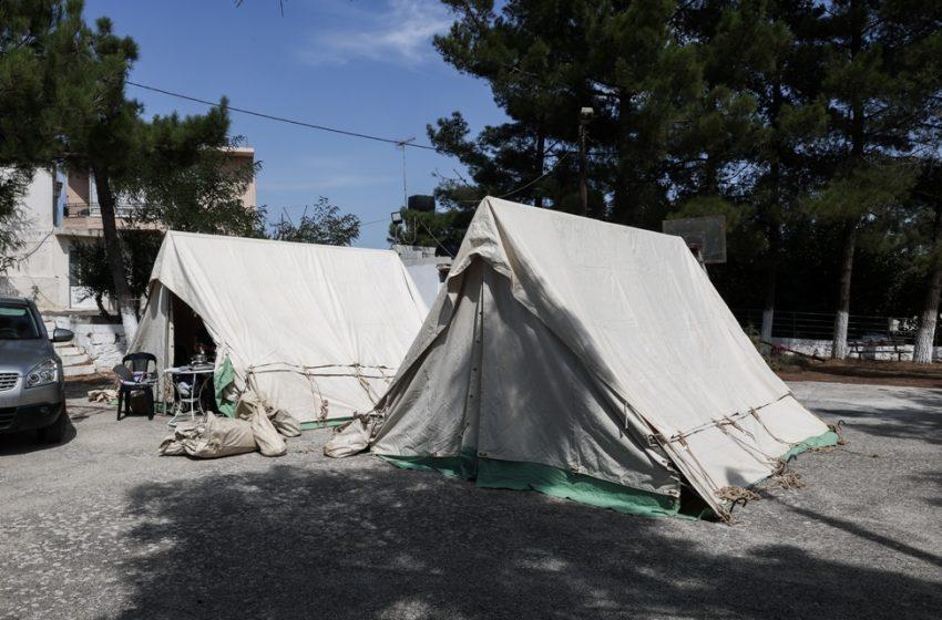 Σεισμός: Με κοροναϊό βρέφος 9,5 μηνών που έμενε σε σκηνή