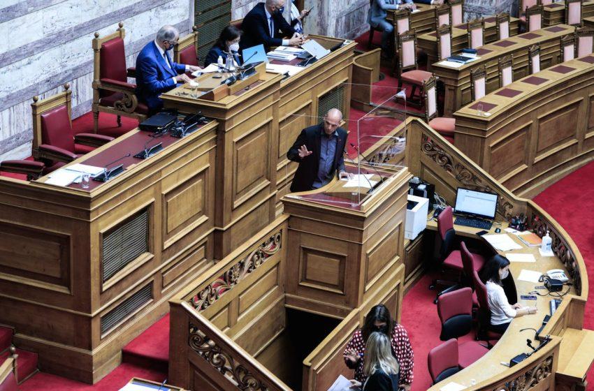 Συμφωνία Ελλάδας-Γαλλίας: Υπέρ η Ελληνική Λύση, κατά το ΚΚΕ και το ΜέΡΑ25