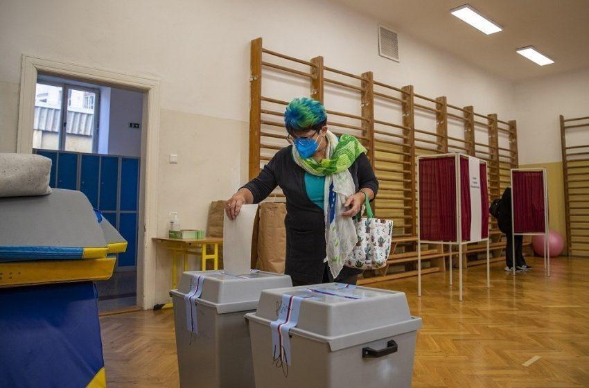 Τσεχία: Θρίλερ με ανατροπή στις εκλογές -Χάνει ο Μπάμπις, νίκη της κεντροδεξιάς