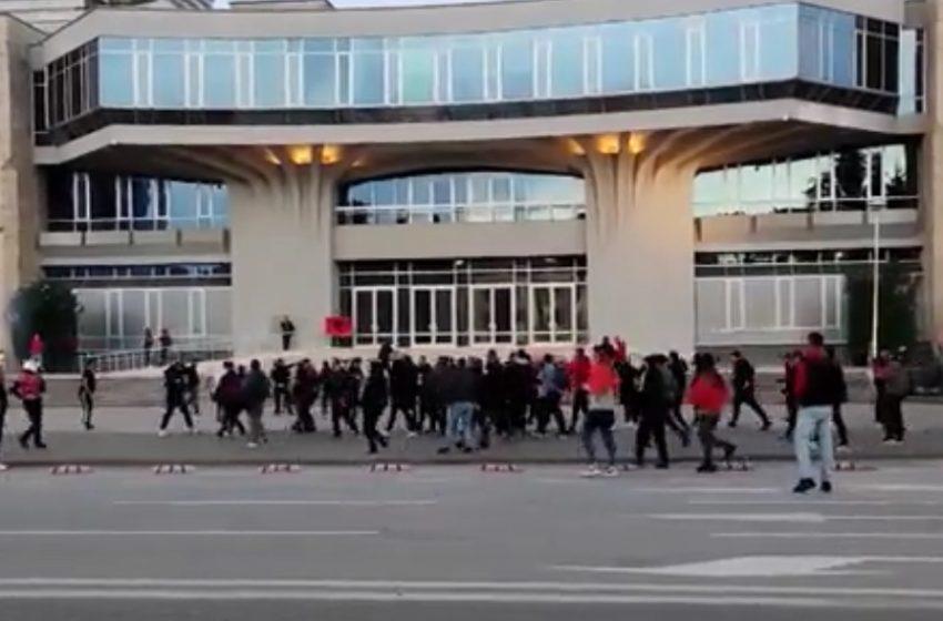 Επεισόδια πριν το Αλβανία-Πολωνία για τα προκριματικά του Μουντιάλ (Vid)