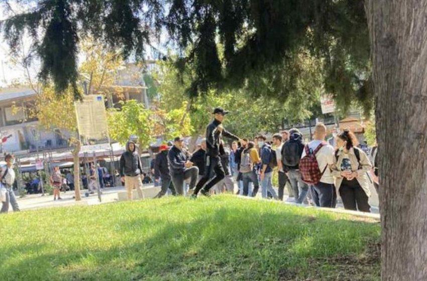 Θεσσαλονίκη:Εφτά προσαγωγές για την επίθεση ακροδεξιών σε μέλη της ΚΝΕ – Σοκάρουν οι μαρτυρίες