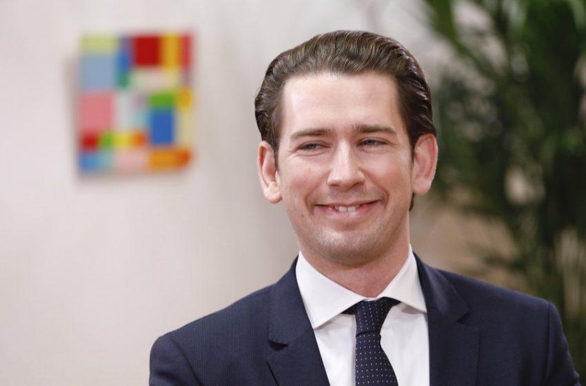 Αυστρία: Εισβολή ανακριτικών αρχών στην καγκελαρία για στημένες δημοσκοπήσεις