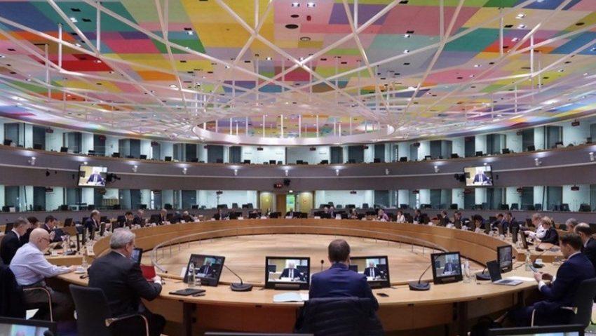 Eurogroup: Εύσημα στην Ελλάδα από Ρέγκλινγκ – Τζεντιλόνι – Προοδεύει στις μεταρρυθμίσεις παρά την πανδημία