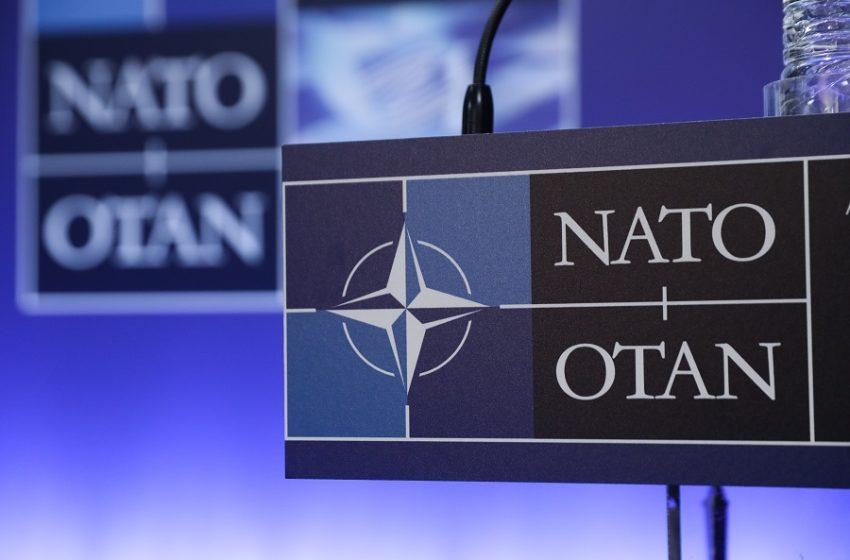Το ΝΑΤΟ απέλασε οκτώ μέλη της ρωσικής αποστολής στη Συμμαχία – Αντίποινα προανήγγειλε η Μόσχα