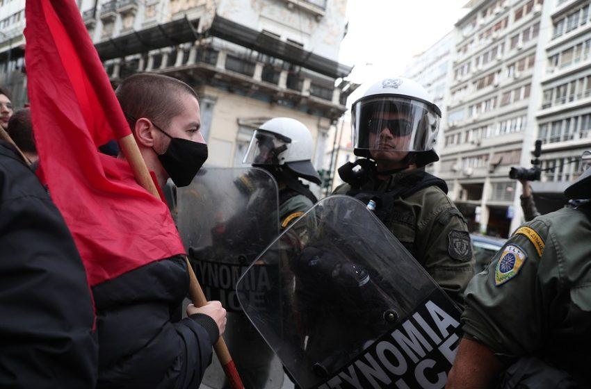 ΣΥΡΙΖΑ: Ο κ. Θεοδωρικάκος φαίνεται πως ζήλεψε τη δόξα του προκατόχου του